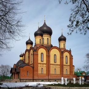 Дорога к Святой горе. Паломничество в Пюхтицкий Успенский монастырь