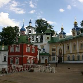 Псково-Печерский монастырь. Псков. Изборск.