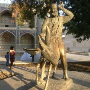 Памятник Ходже Насредину в Бухаре