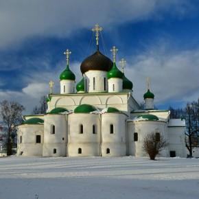 Московия.  К Животворящему Кресту в Годеново и великие московские святыни