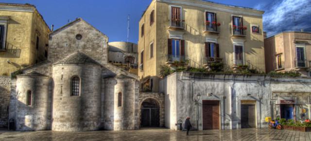 На праздник святителя Николая в Италию и Грецию