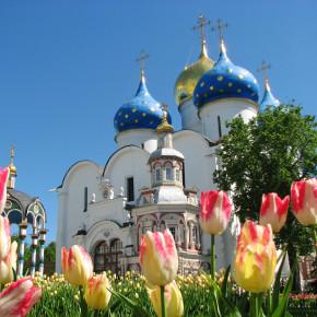 Москва и Троице -Сергиева лавра  в майские праздники
