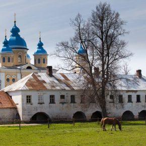 Коневский   Рождества Богородичный монастырь 2 дня