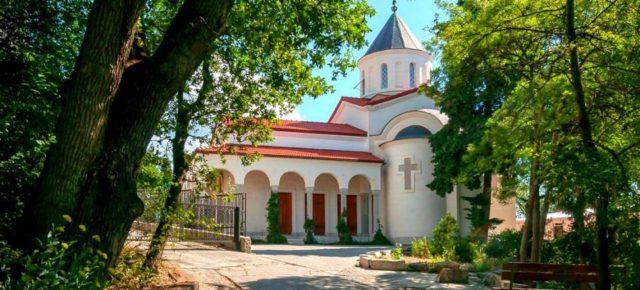Крымские каникулы.  Паломничество и отдых в Крыму в сентябре
