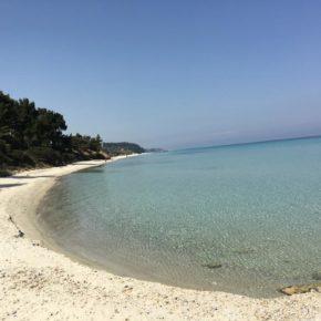 Уютная вилла для отдыха на море в Греции